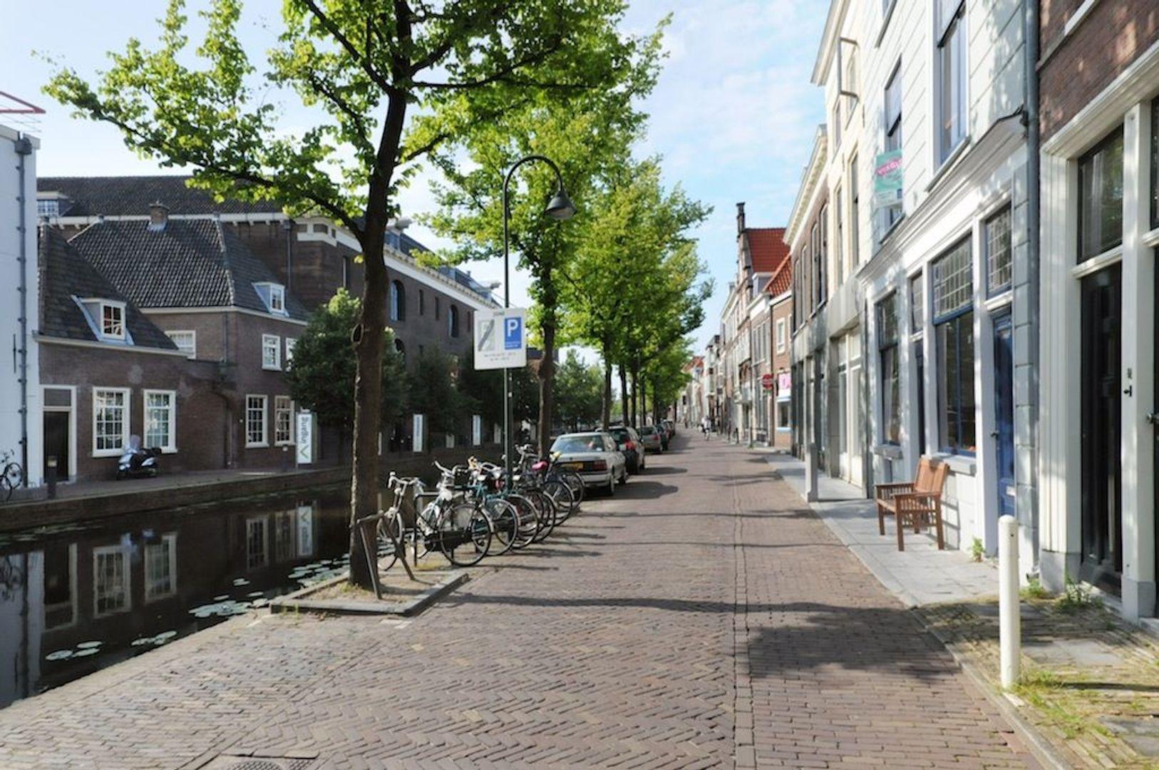 Achterom 1 3 en 5, Delft foto-10