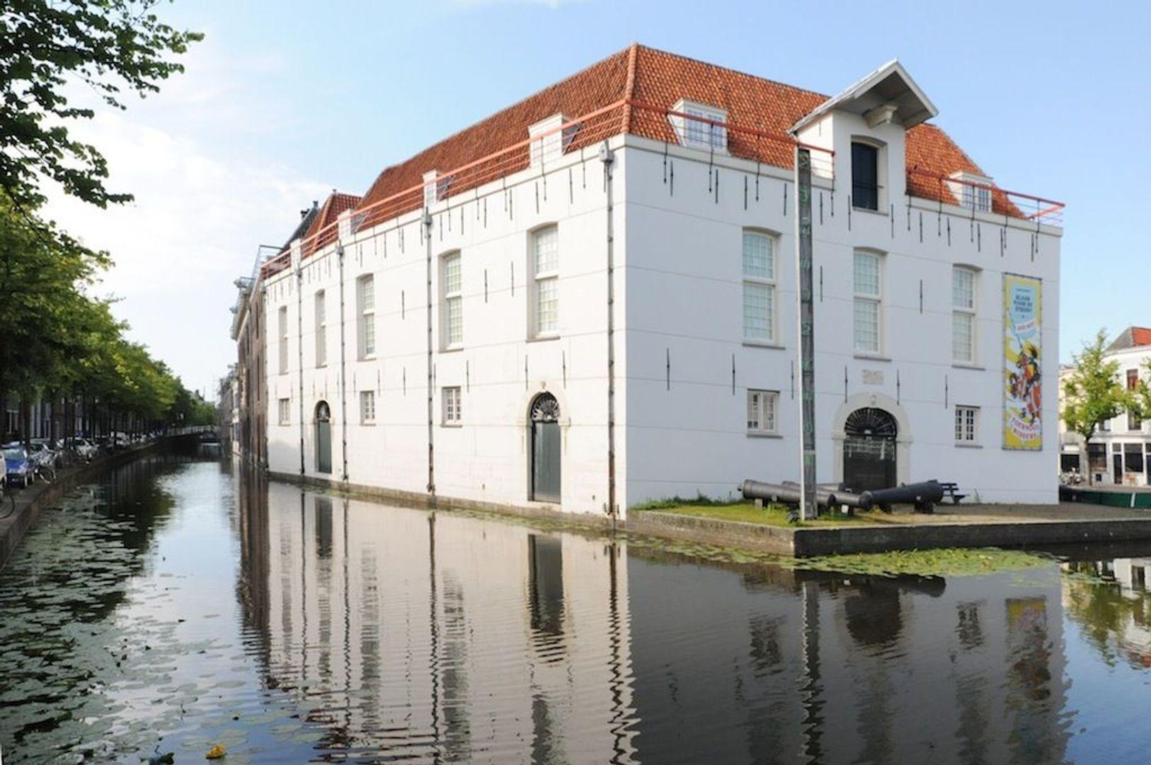 Achterom 1 3 en 5, Delft foto-16
