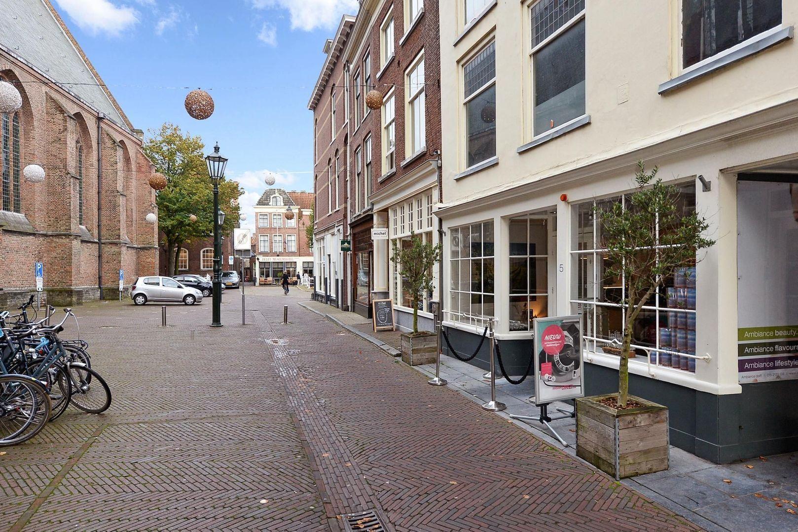 Oude Kerkstraat 5, Delft foto-2