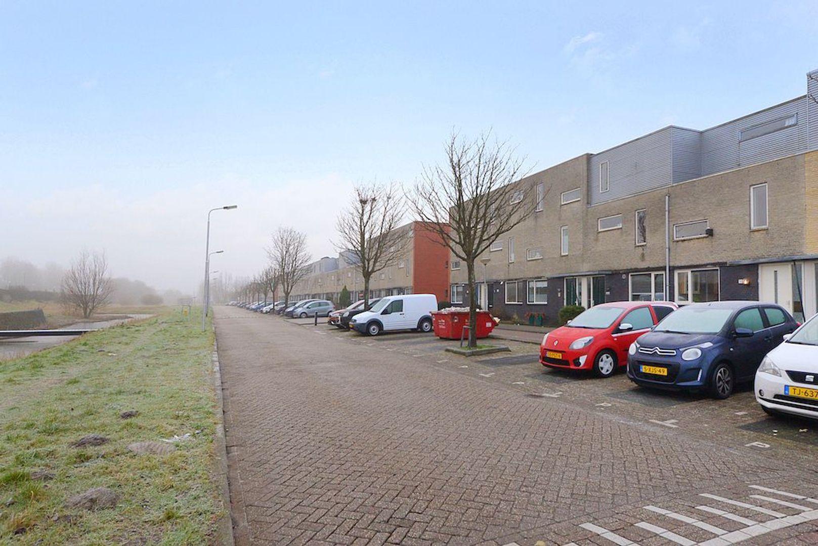 Amazoneweg 30, Delft foto-8