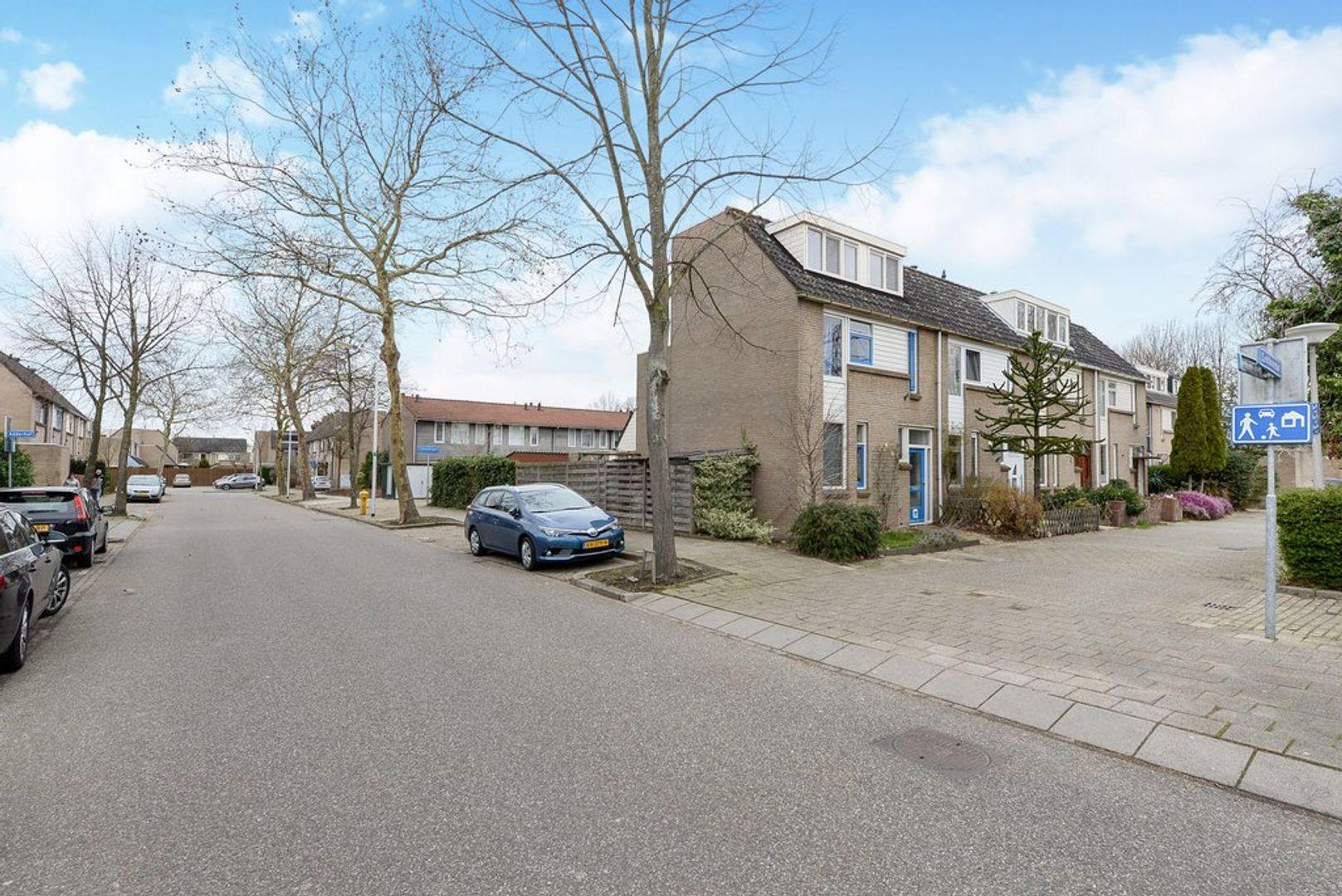 Eekhoornhof 3, Delft foto-8