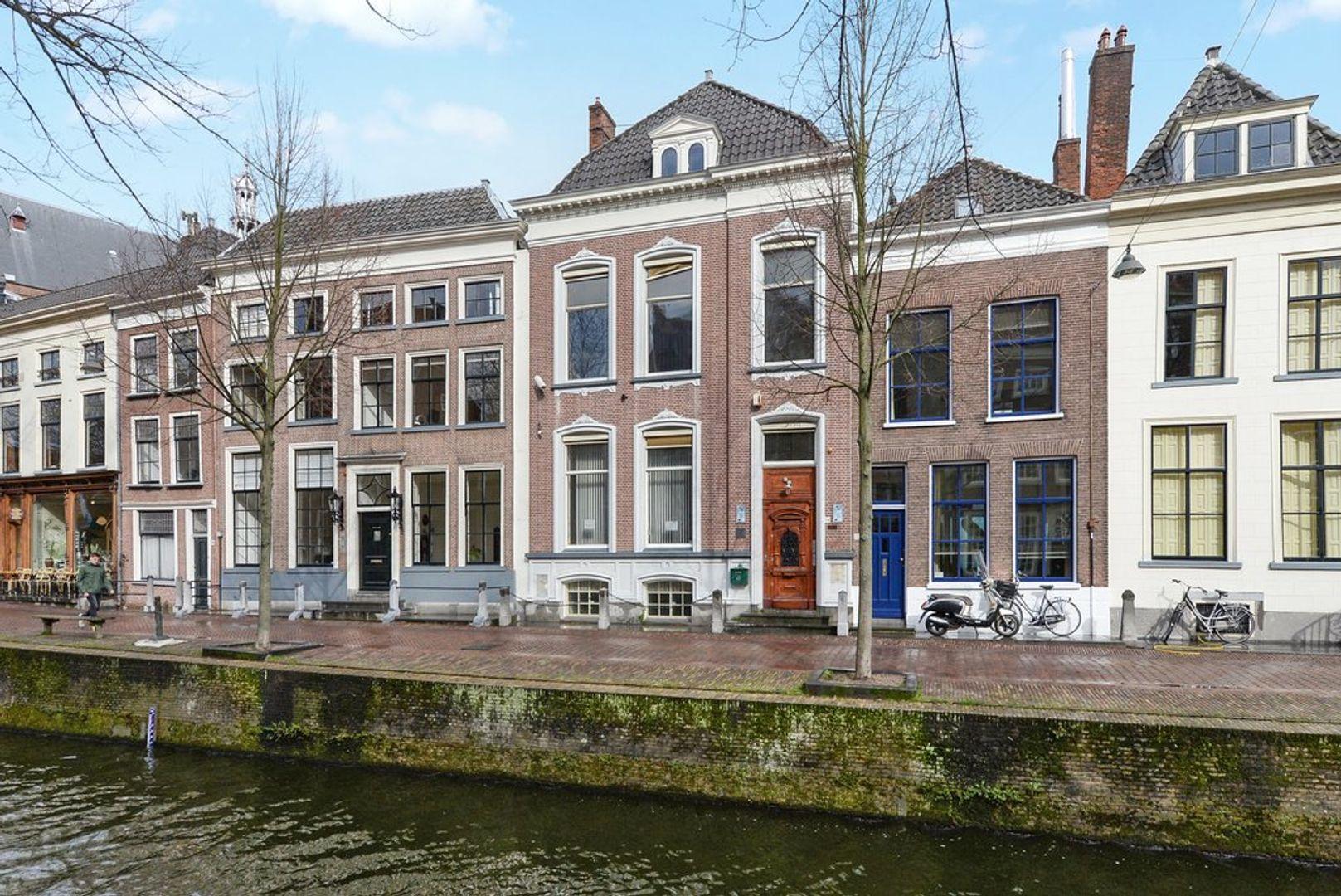 Oude Delft 134, Delft foto-0