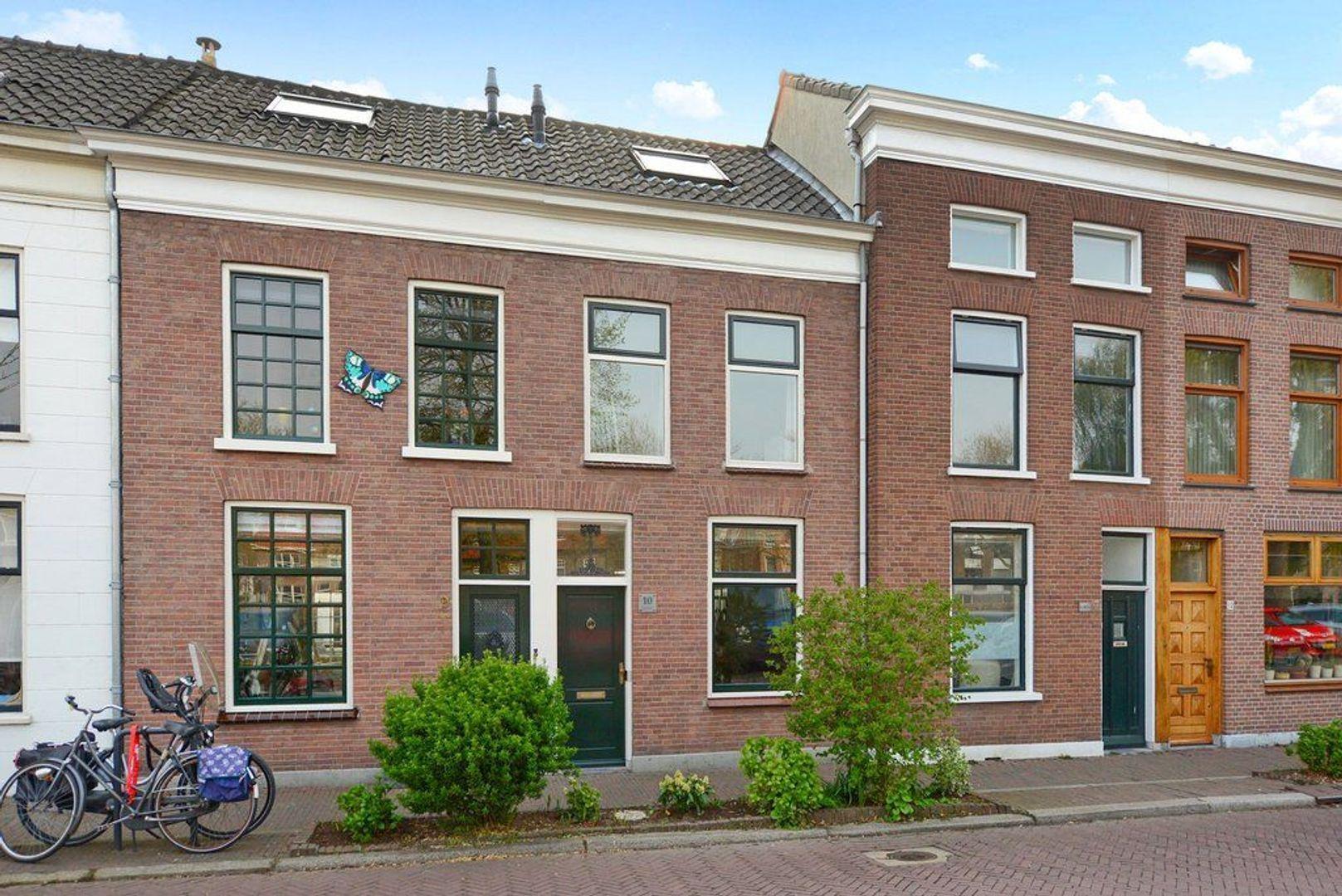Oostplantsoen 10, Delft foto-0