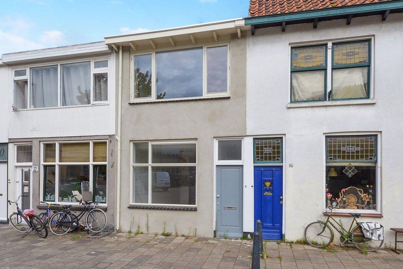 Oostblok 14, Delft foto-0