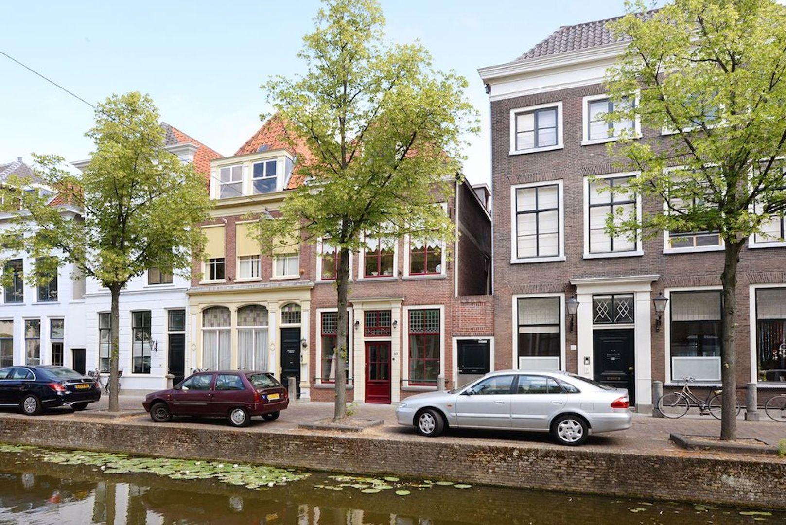 Oude Delft 60, Delft foto-0