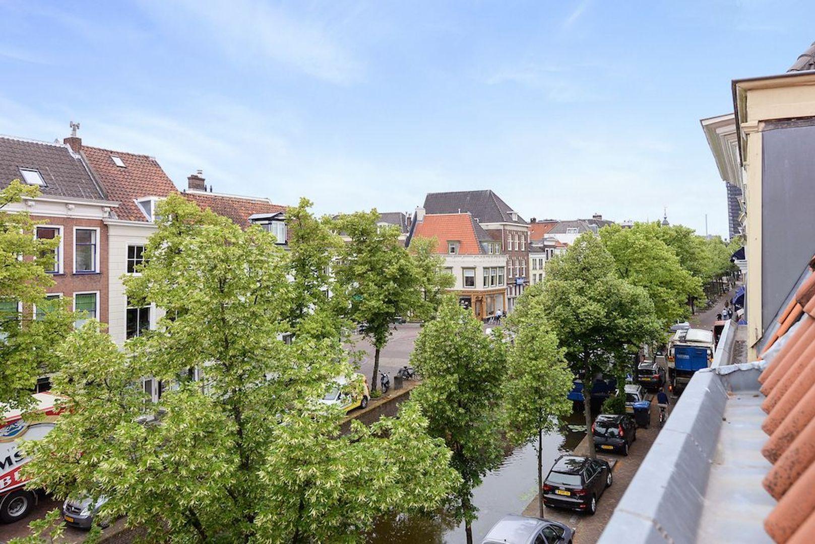 Oude Delft 60, Delft foto-53