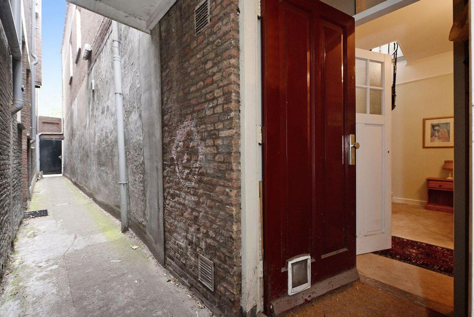 Oude Delft 60, Delft foto-68