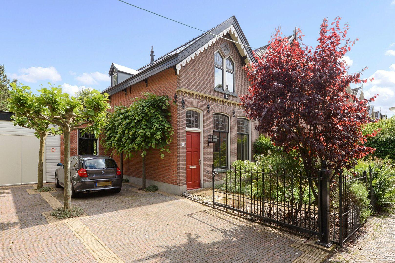 Laan van Overvest 11, Delft foto-0