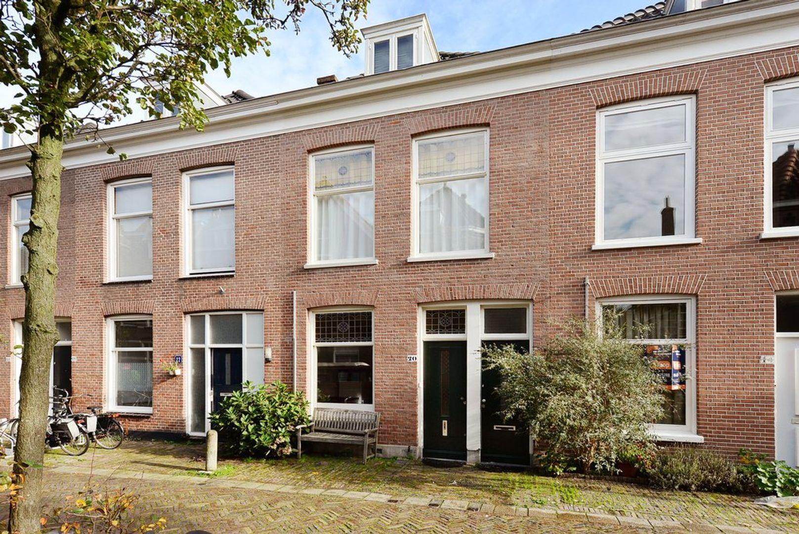Warmoezierstraat 20, Delft foto-6