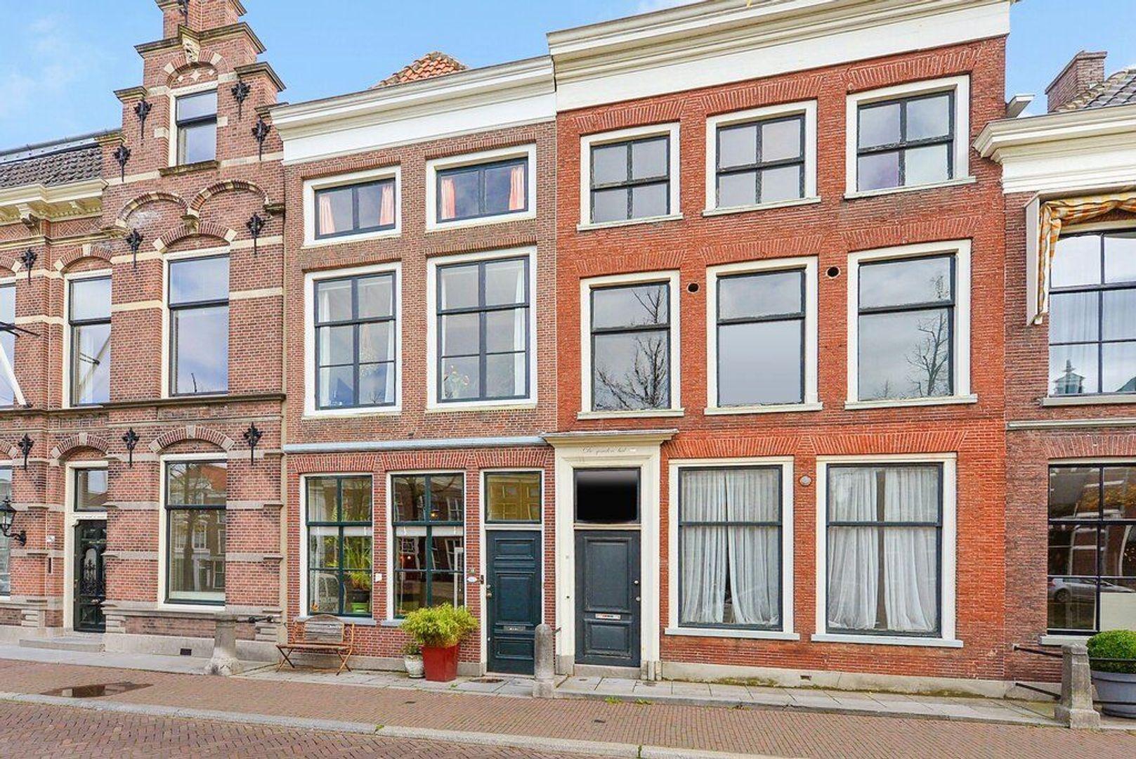 Noordeinde 18, Delft foto-0
