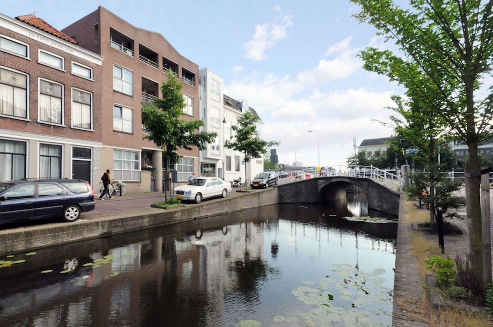 Achterom 1 3 en 5, Delft foto-11