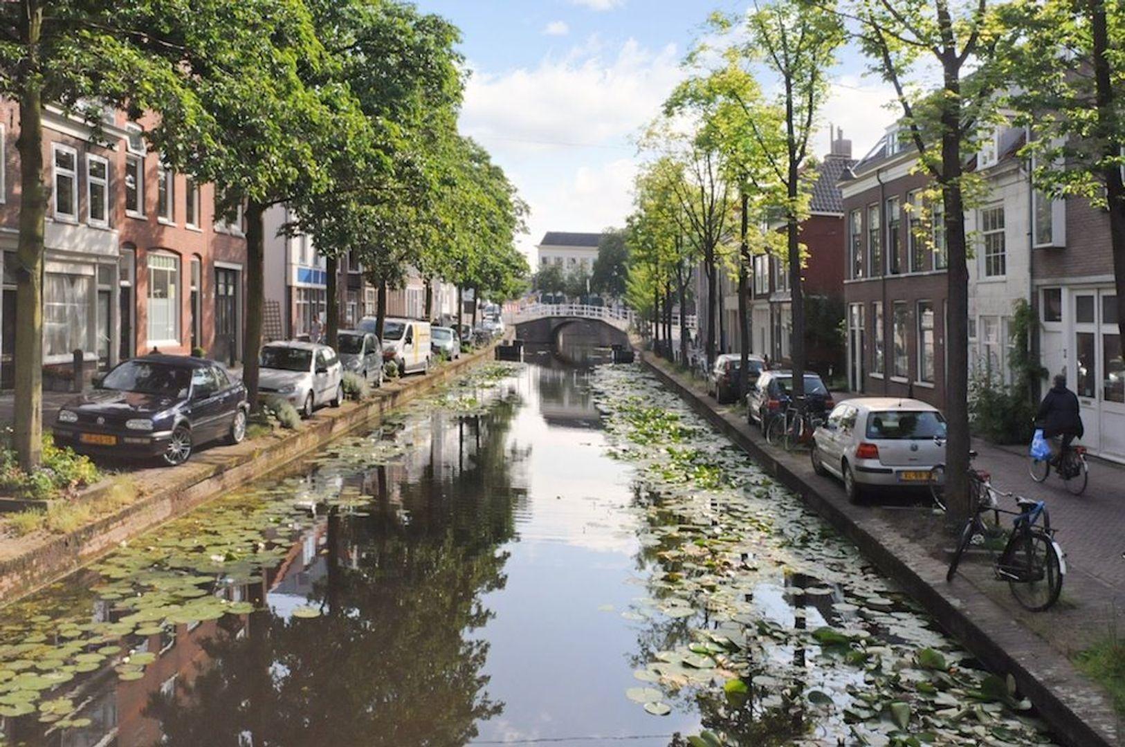 Achterom 1 3 en 5, Delft foto-13