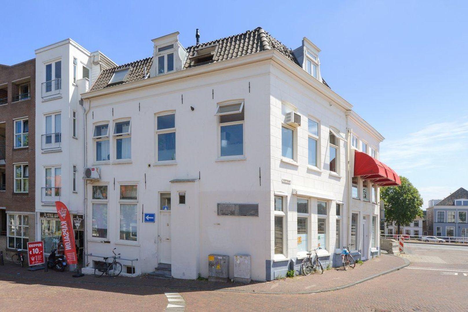 Achterom 1 3 en 5, Delft foto-2