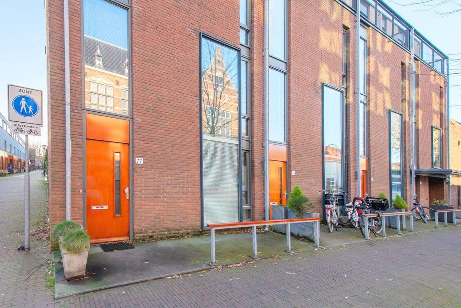 Raam 77, Delft foto-43