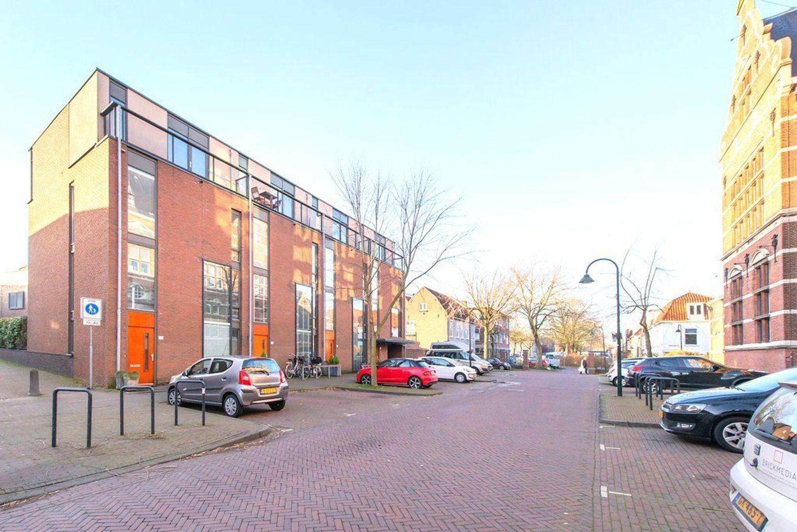Raam 77, Delft foto-1