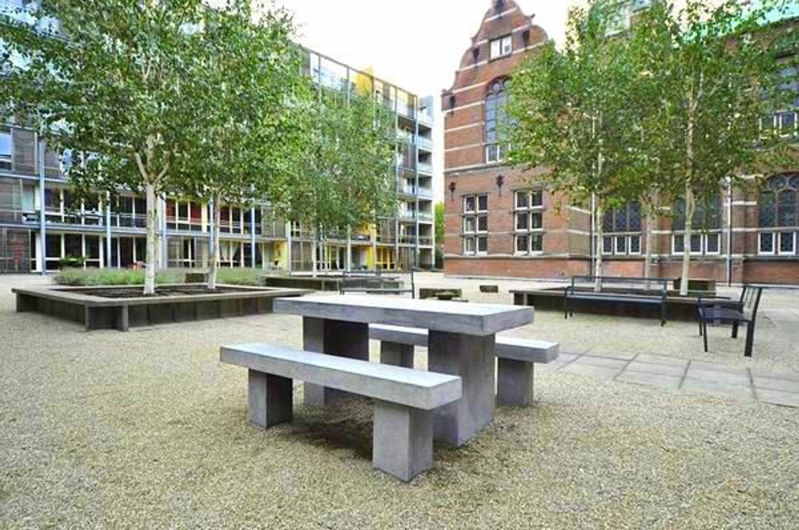 Raam 86, Delft foto-17