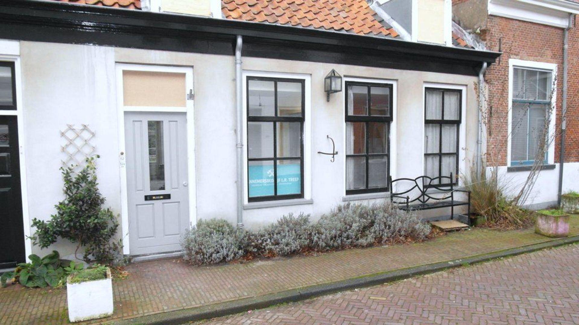 Doelenstraat 52 54, Delft foto-2