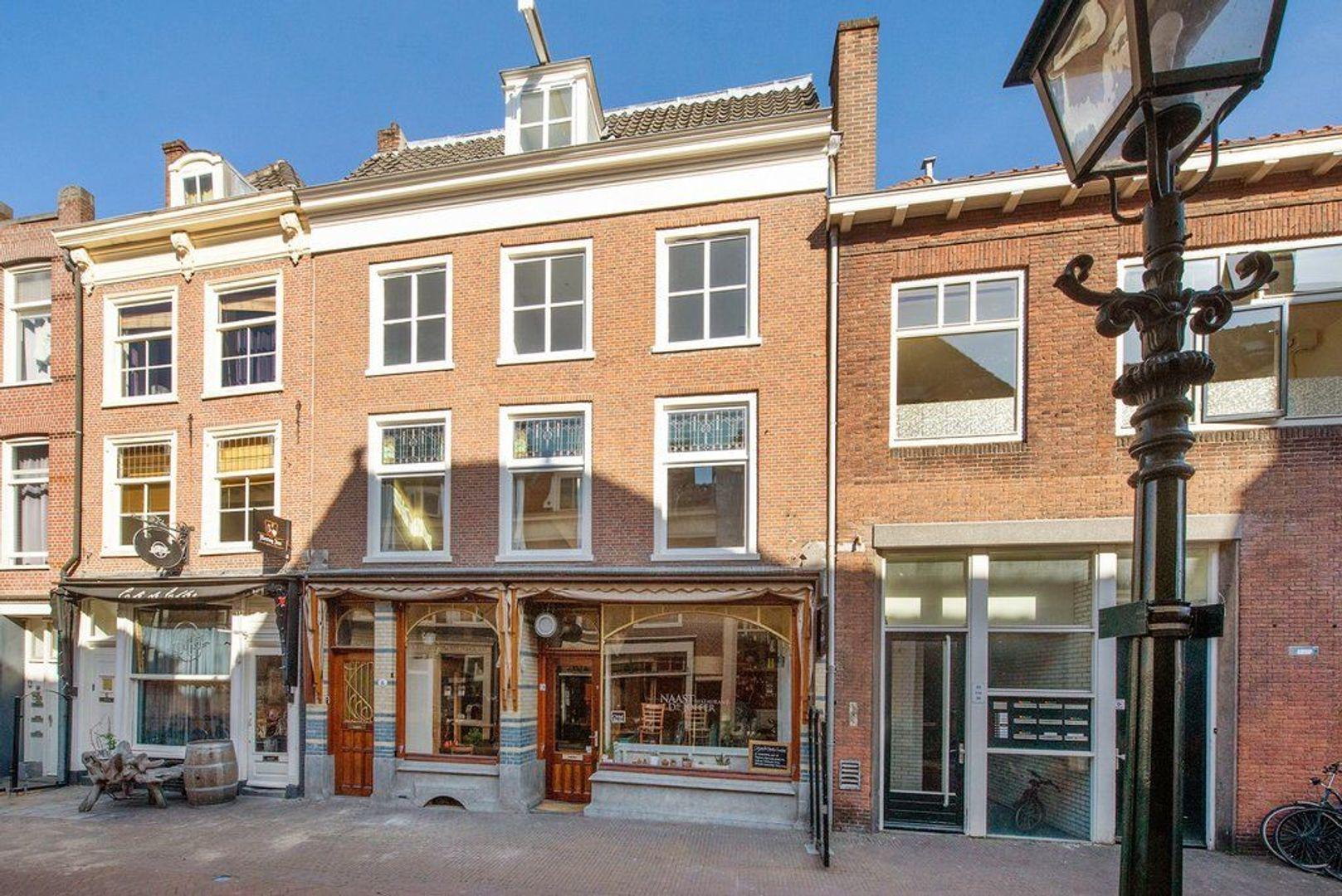 Nieuwstraat 16, Delft foto-0