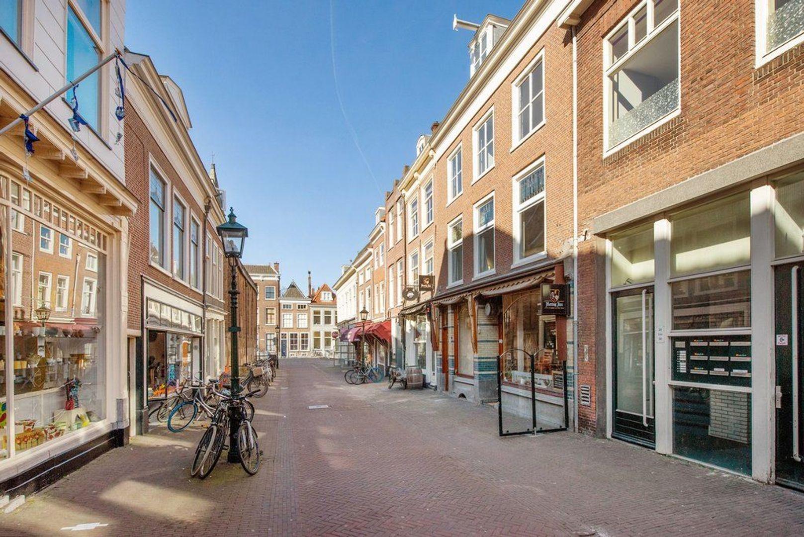 Nieuwstraat 16, Delft foto-4