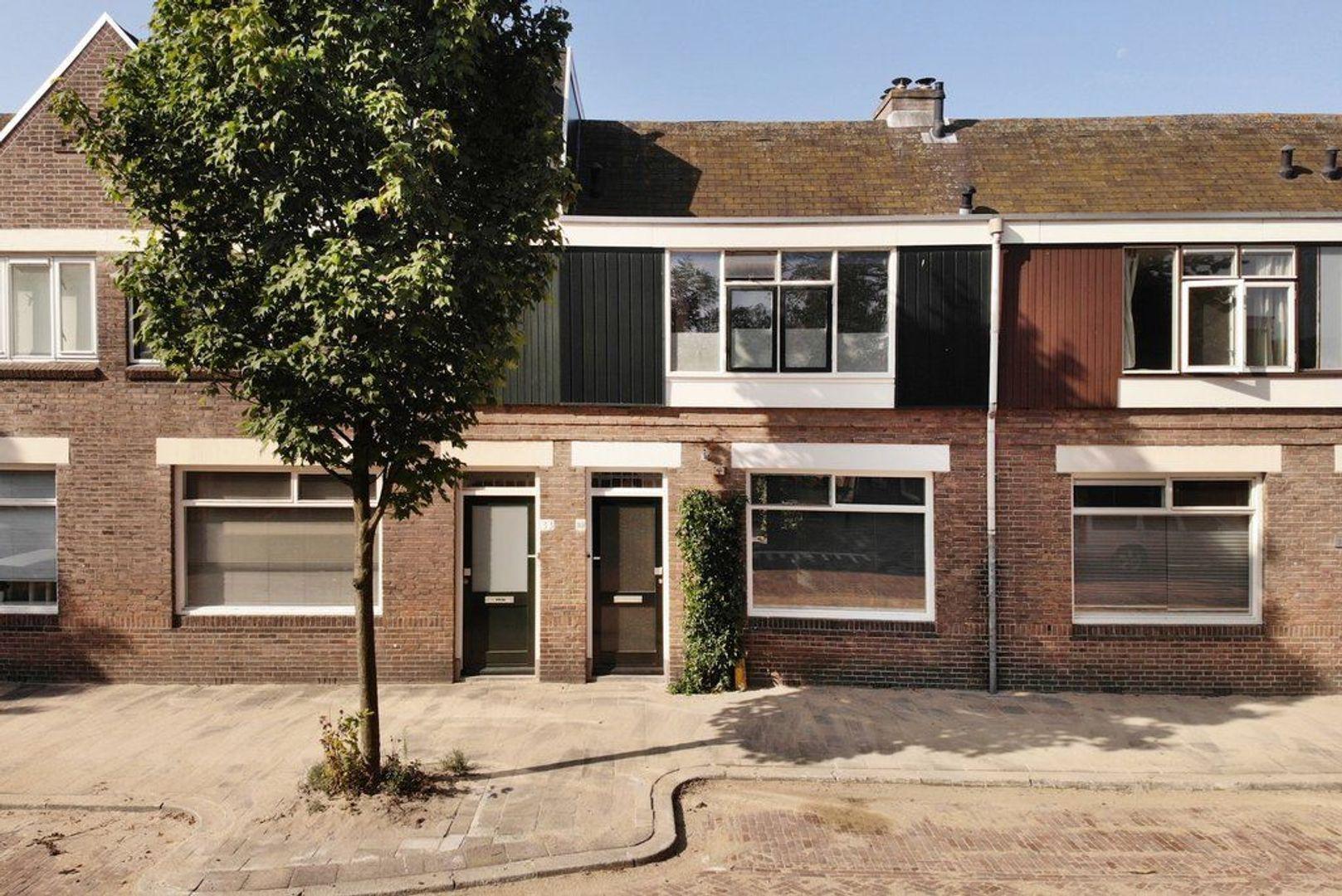Van de Spiegelstraat 35, Delft foto-0