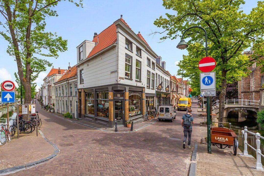 Vrouwenregt, Delft