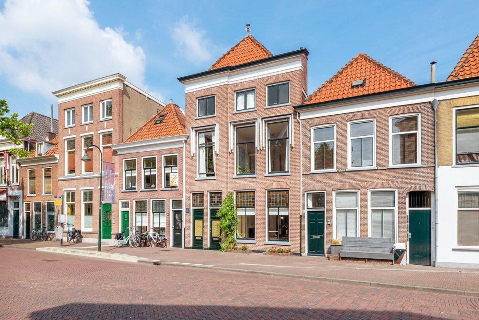 Nieuwe Langendijk 80 82, Delft foto-0