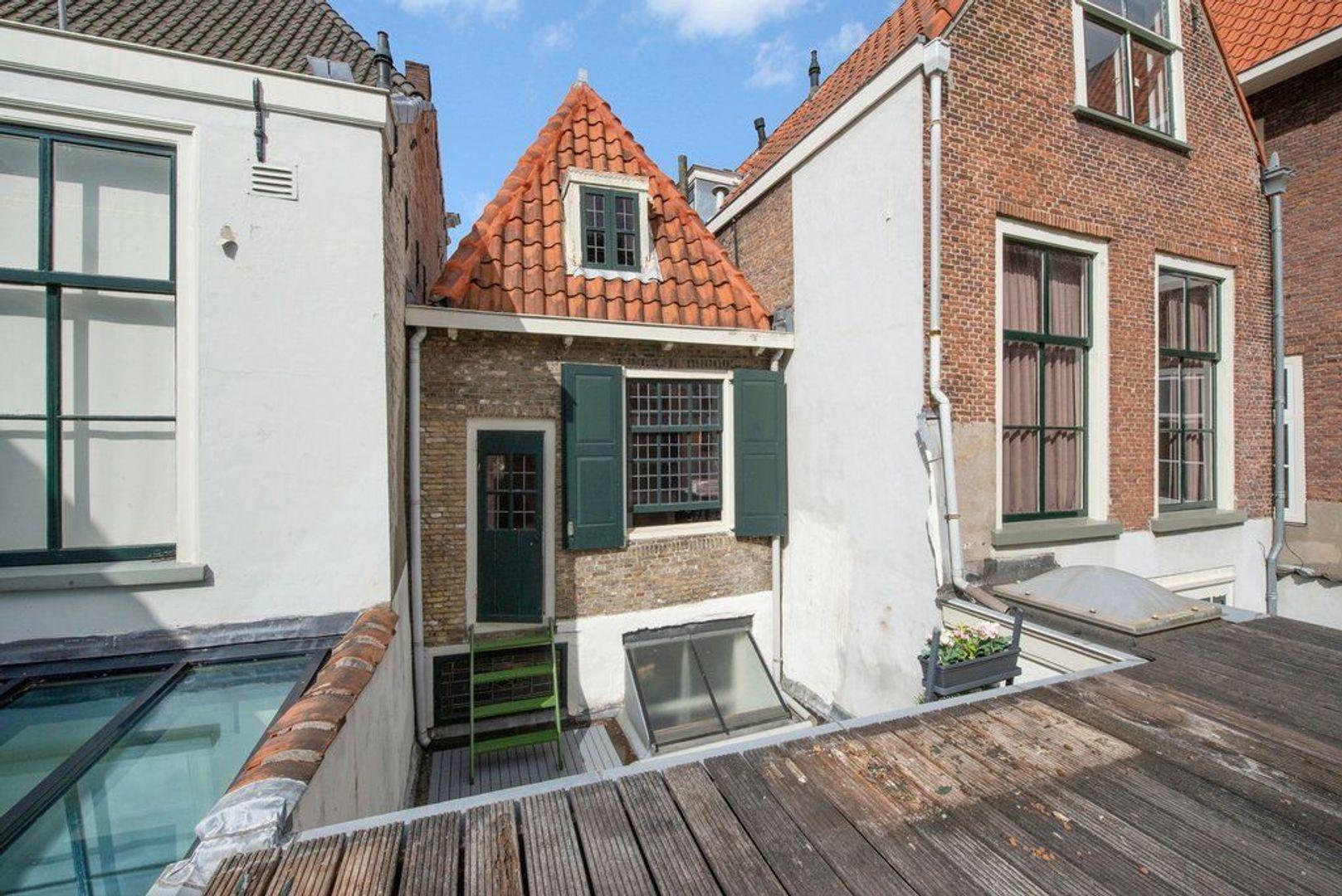 Oude Delft 196, Delft foto-22