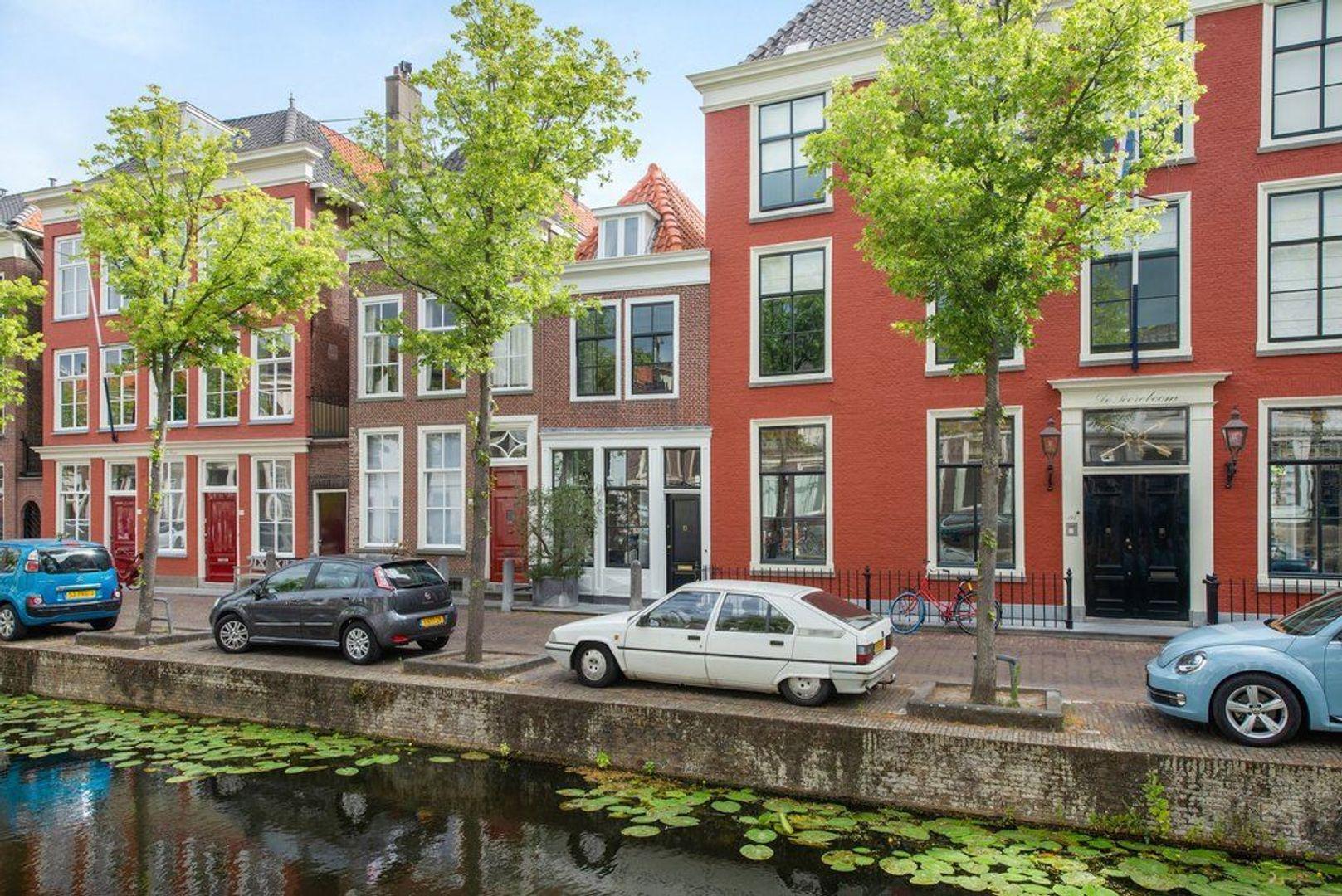 Oude Delft 196, Delft foto-1