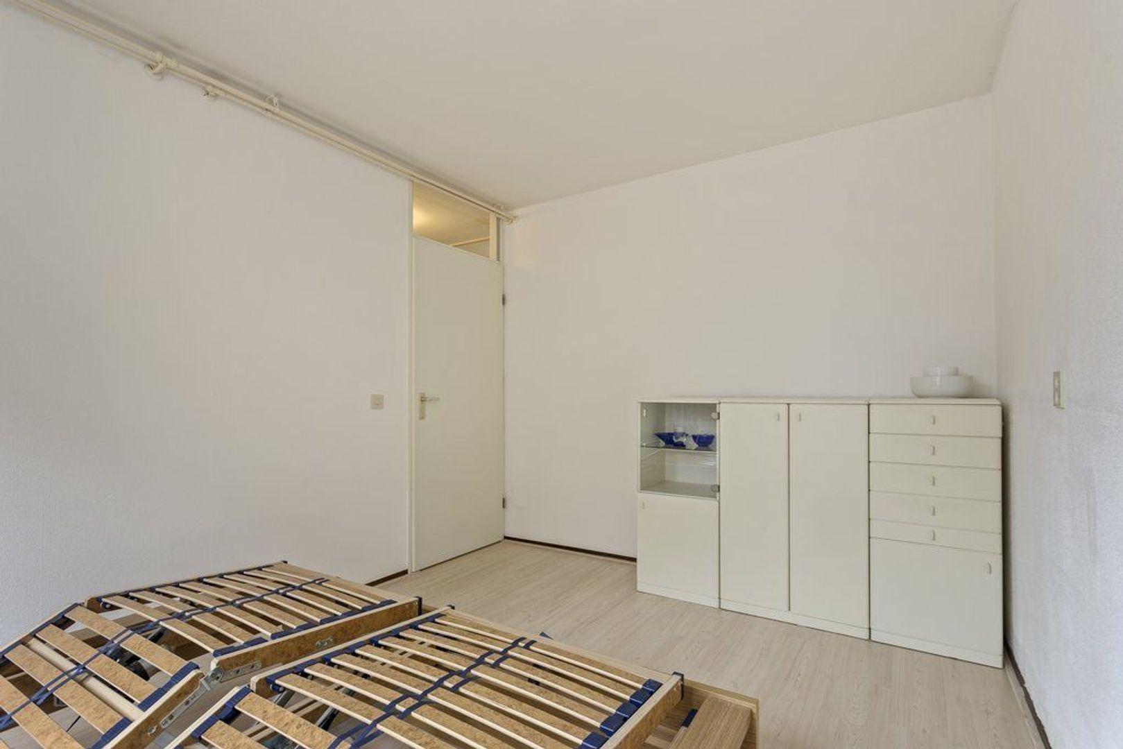 Eekhoornhof 9, Delft foto-24