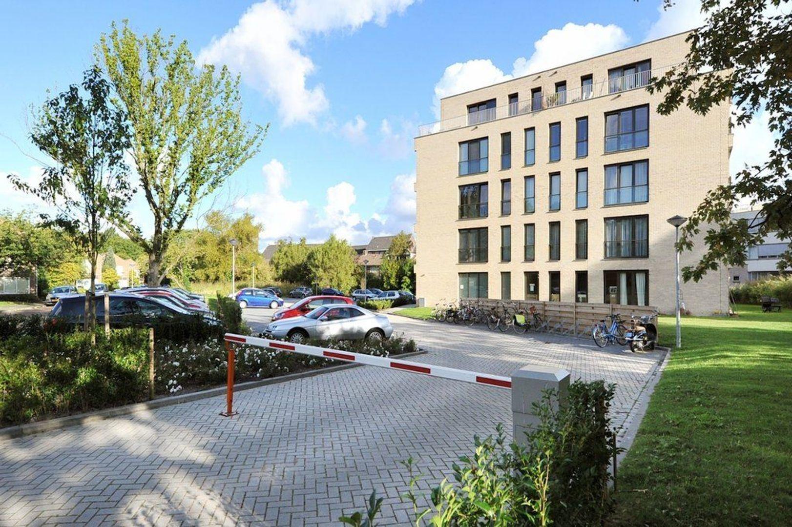 Charlotte de Bourbonstraat 17, Delft foto-2