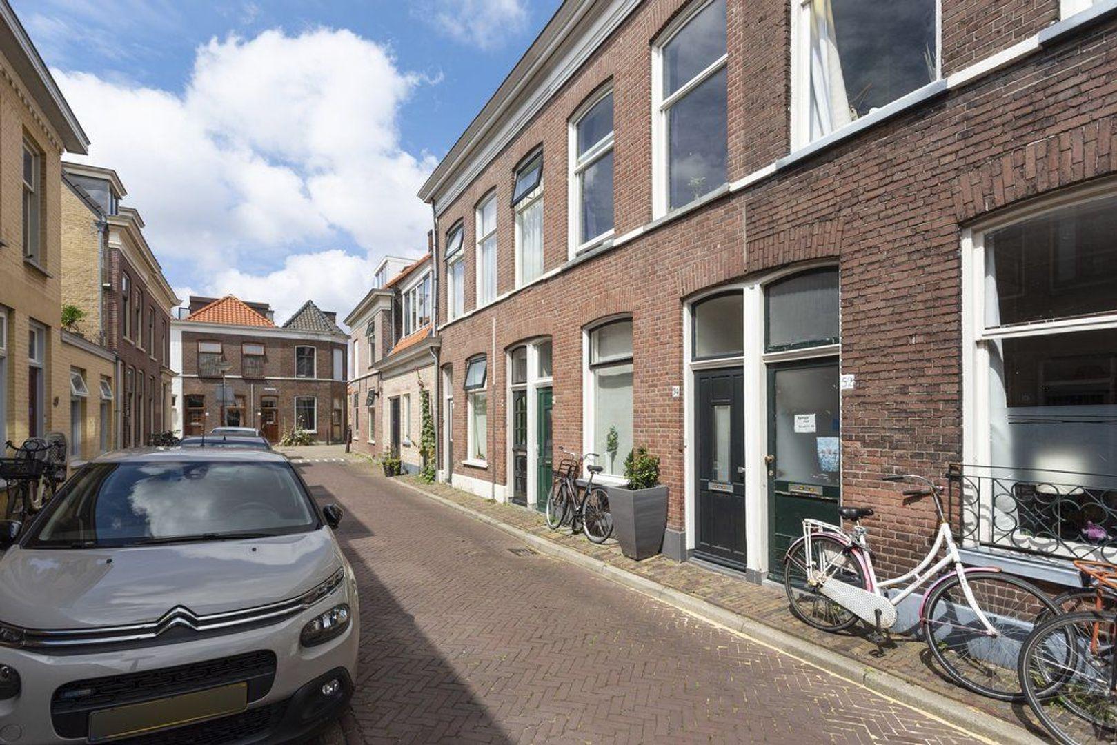 Nieuwe Schoolstraat 54, Delft foto-0