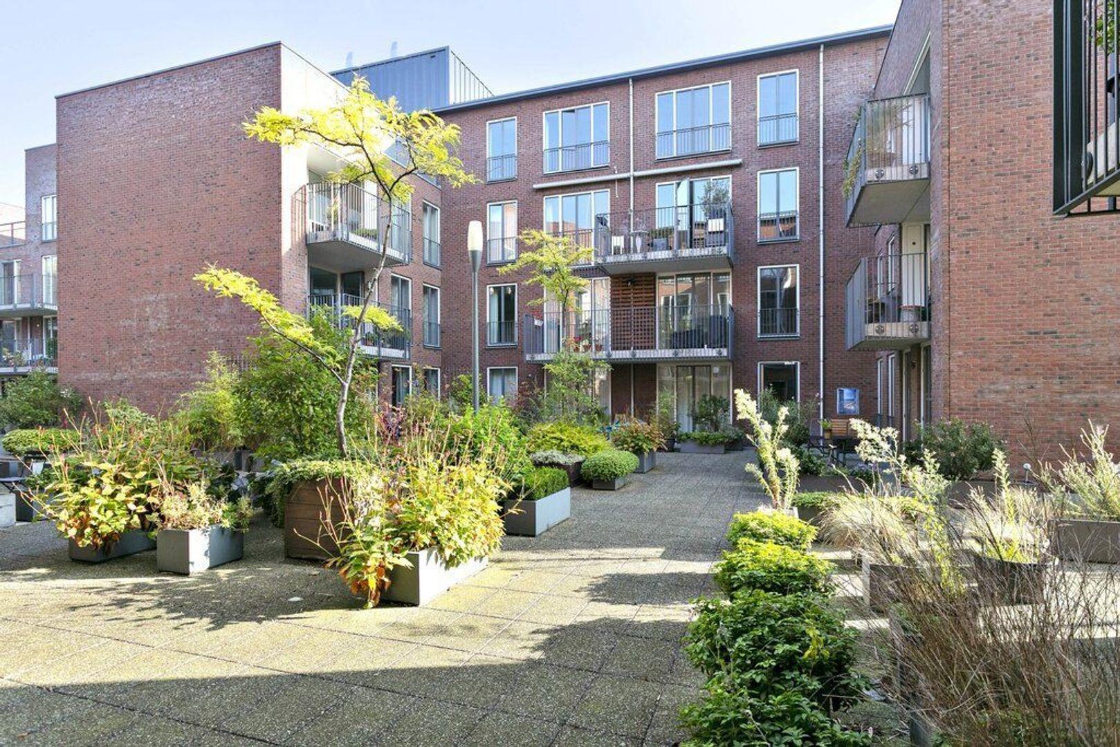 Bastiaansplein 45 ., Delft foto-0