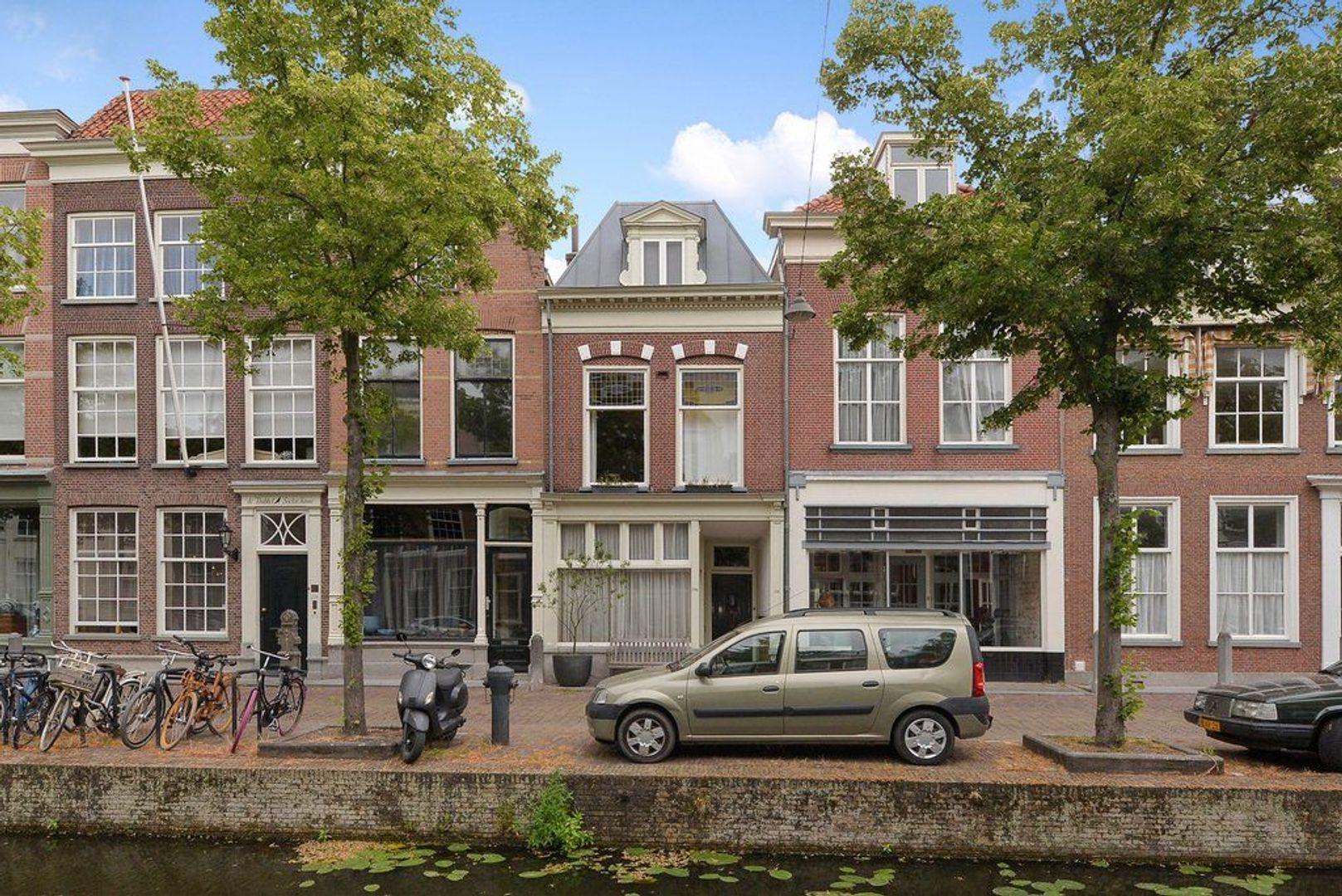 Oude Delft 220, Delft foto-0