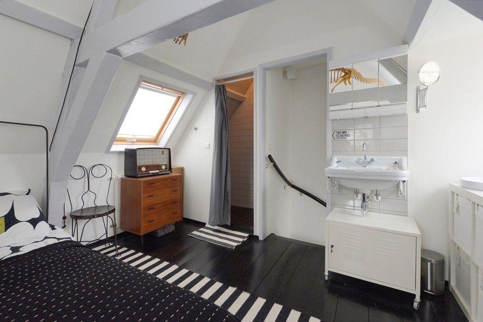 Oude Delft 220, Delft foto-32