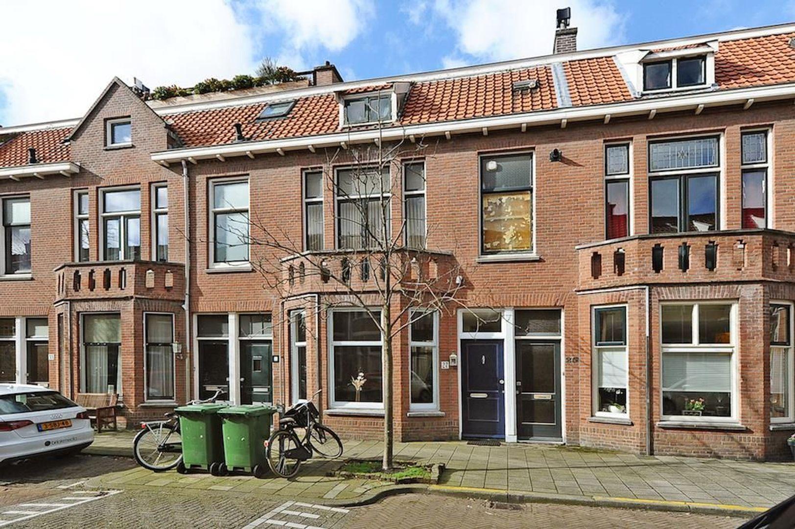 Piet Heinstraat 27, Delft foto-0