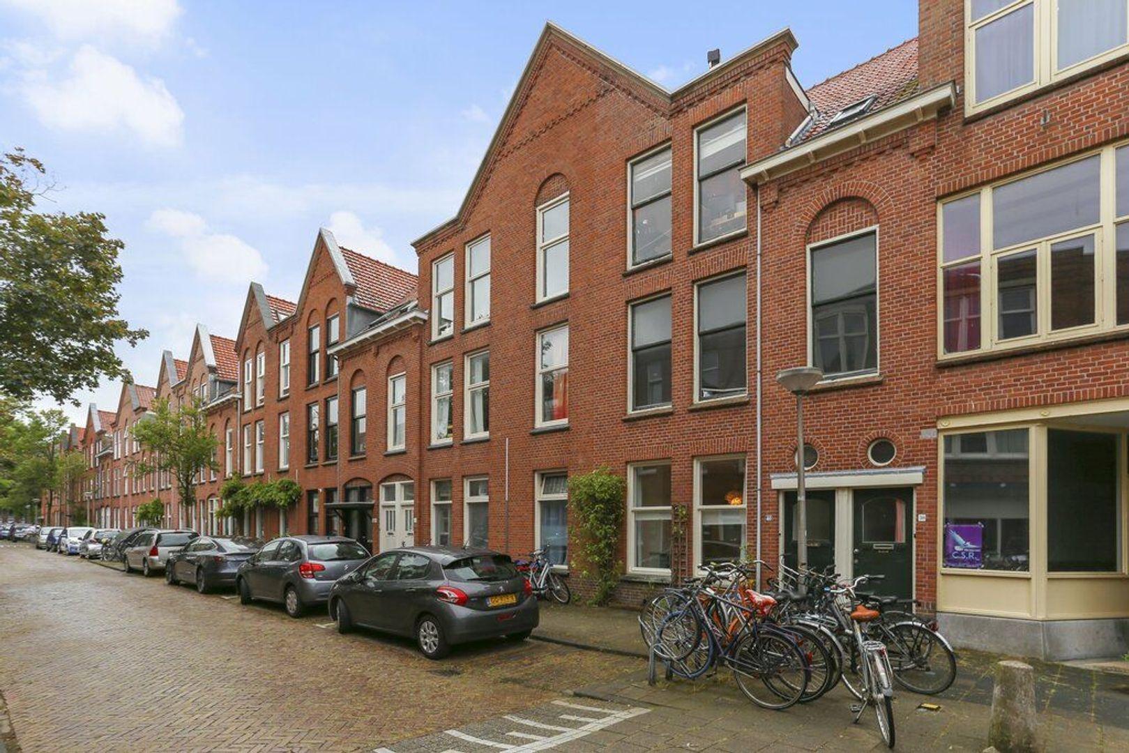 Cornelis Trompstraat 40, Delft foto-0