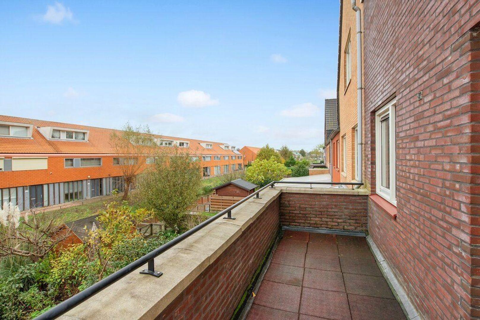 Van Veendijk 21, Den Haag foto-25