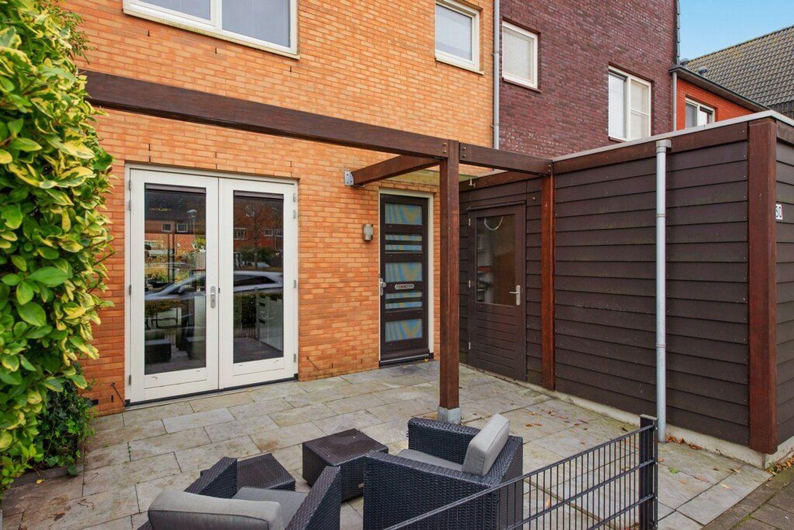 Van Veendijk 30, Den Haag foto-10