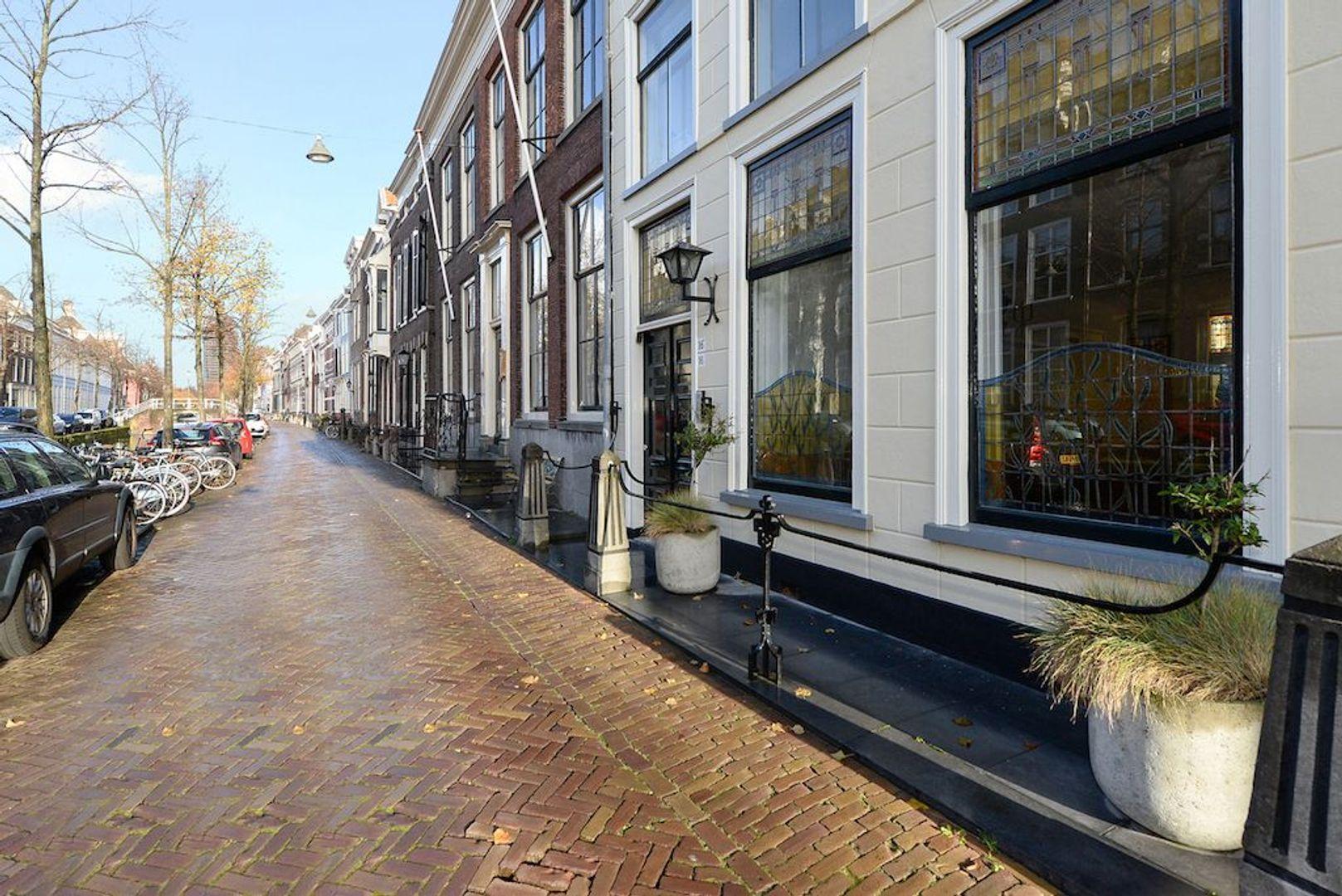 Oude Delft 16, Delft foto-1