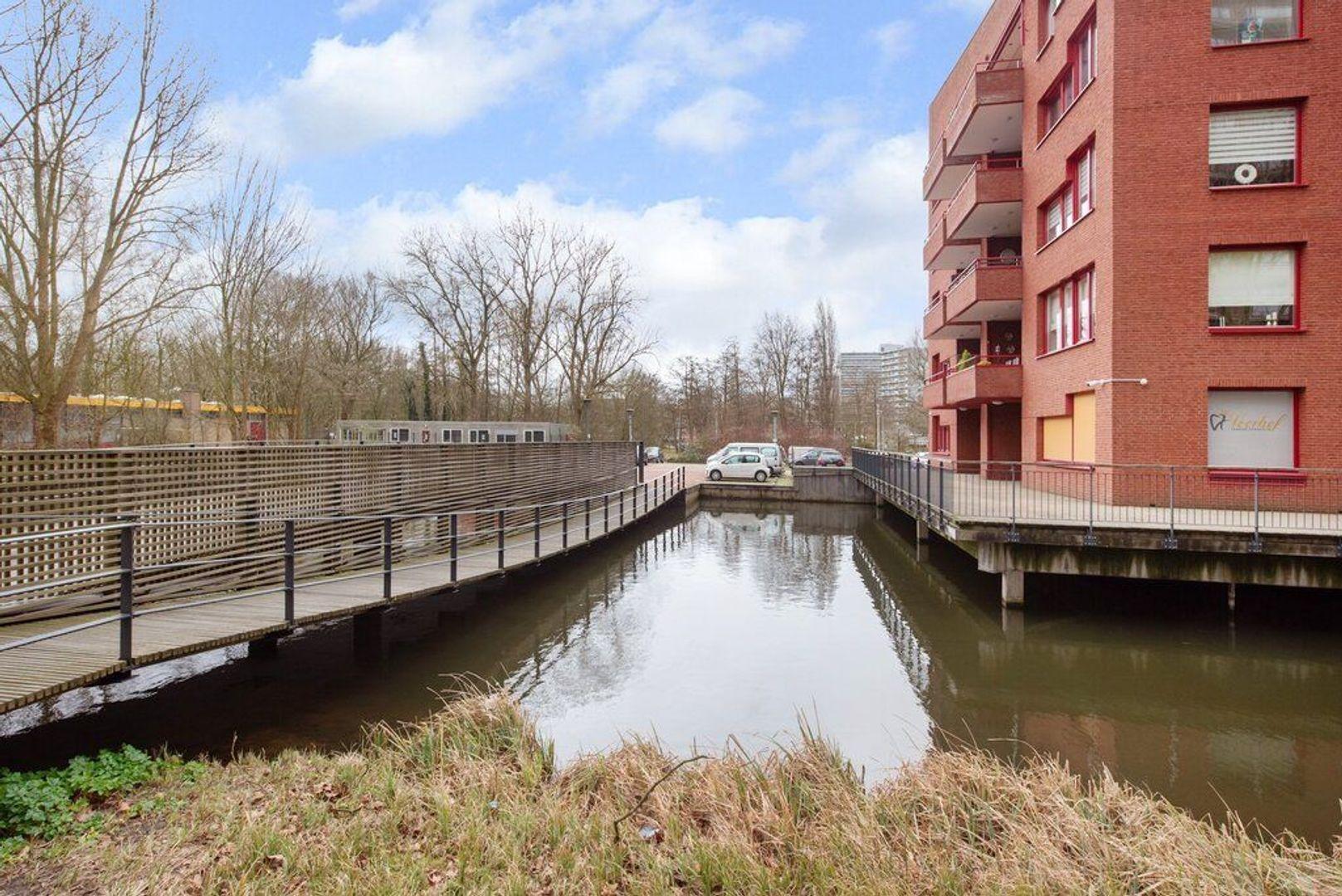 Simon Vestdijklaan 8, Delft foto-8
