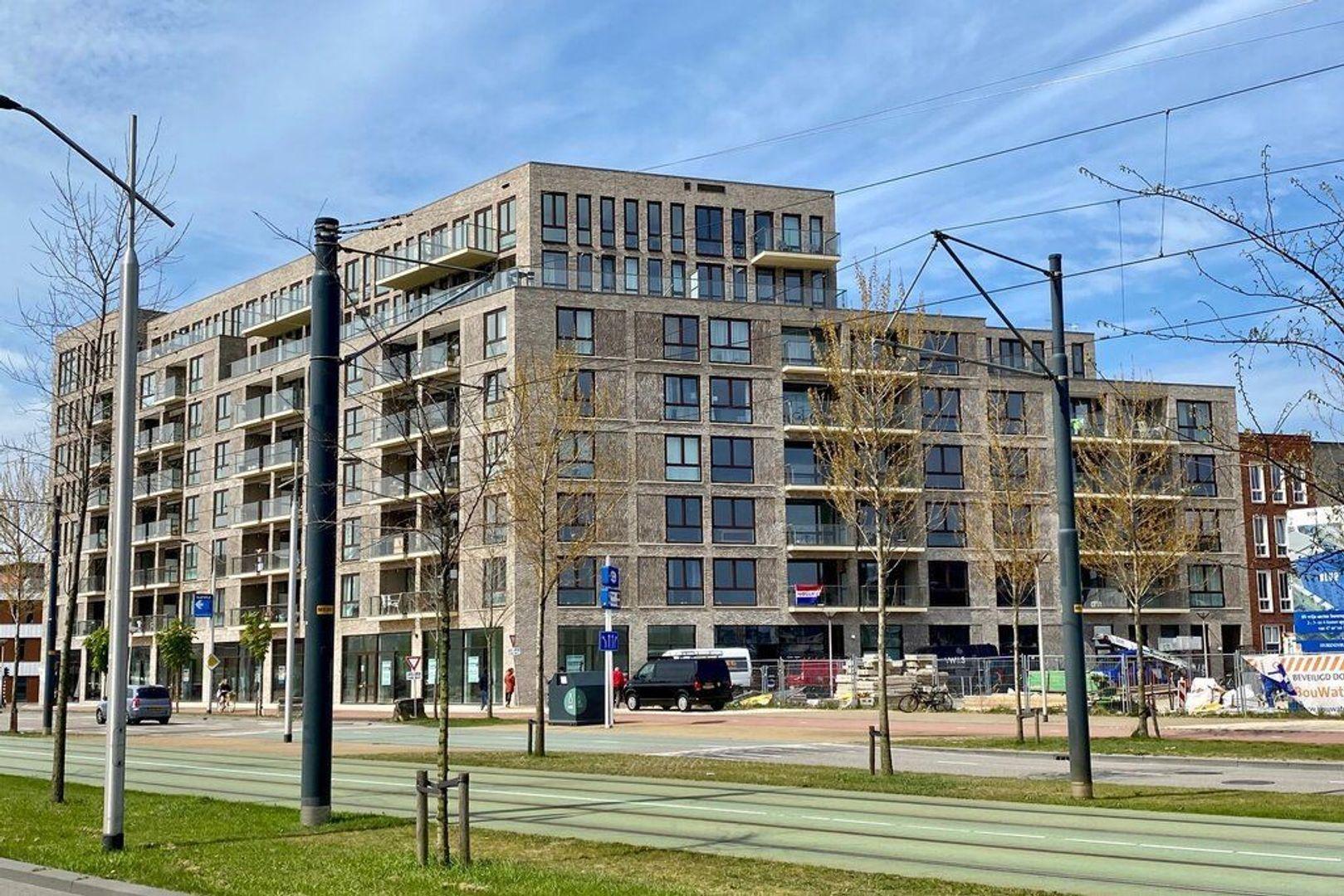 Van Leeuwenhoekpark 210, Delft foto-0