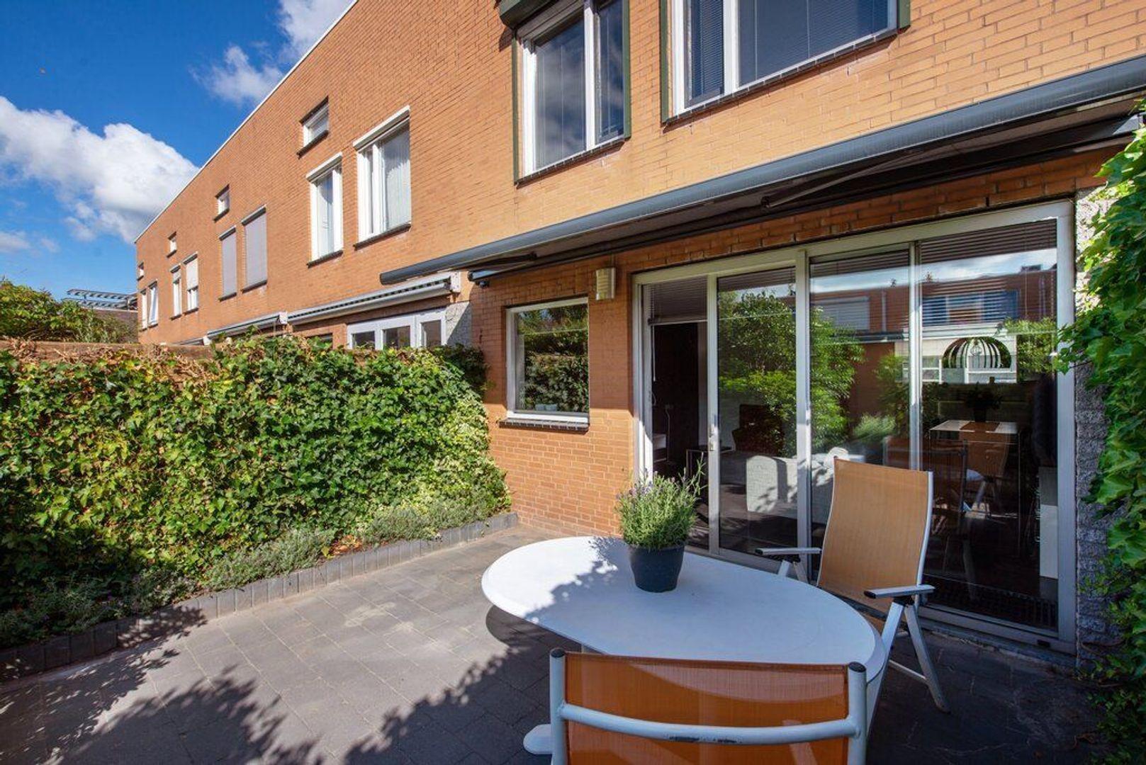 Laan van Van der Gaag 9, Delft foto-16
