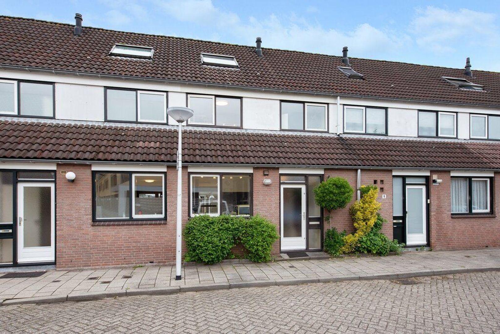 Antonia Veerstraat 10, Delft foto-0