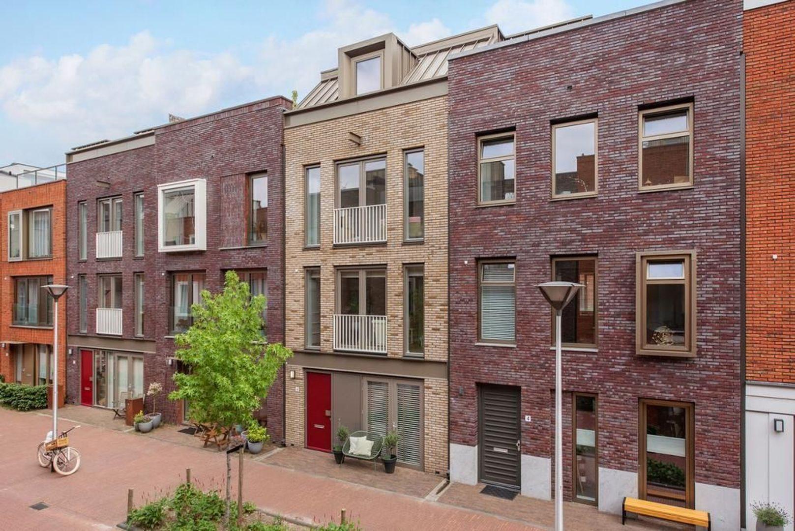 Gravin Margarethastraat 6, Delft foto-0