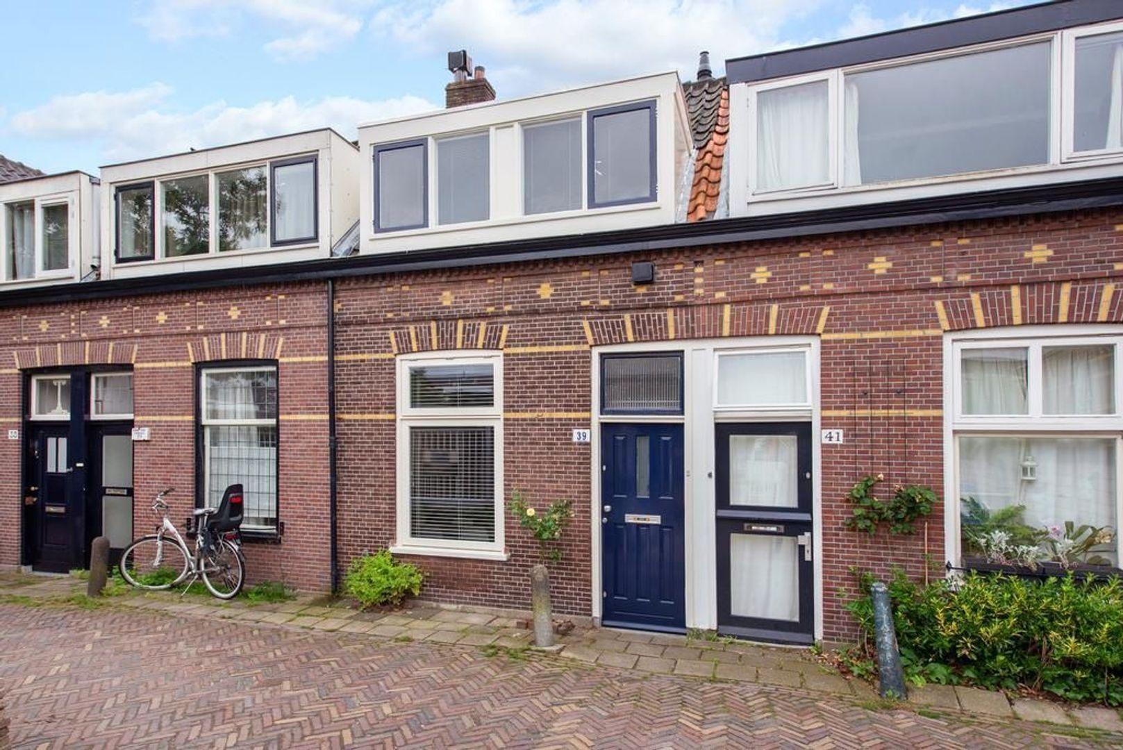 Laan van Overvest 39, Delft foto-0