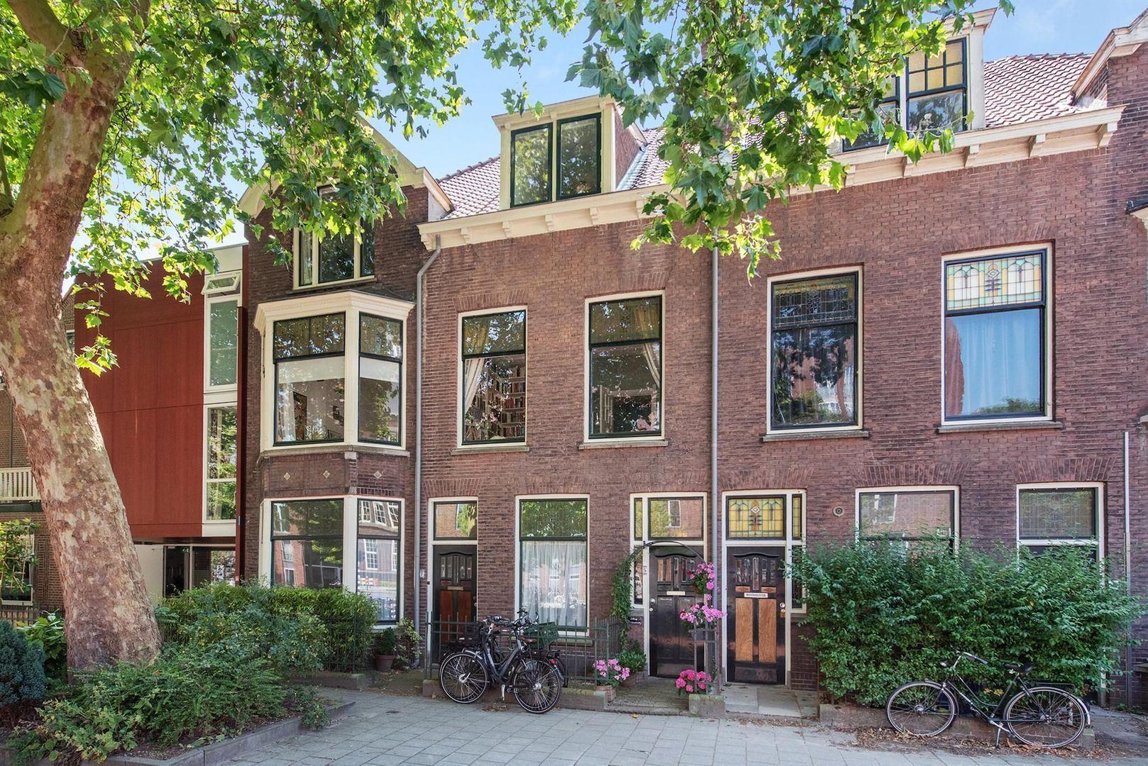 Michiel de Ruyterweg 5, Delft foto-0