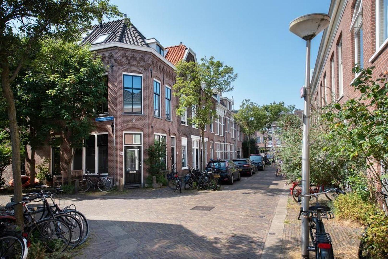Warmoezierstraat 11, Delft foto-6