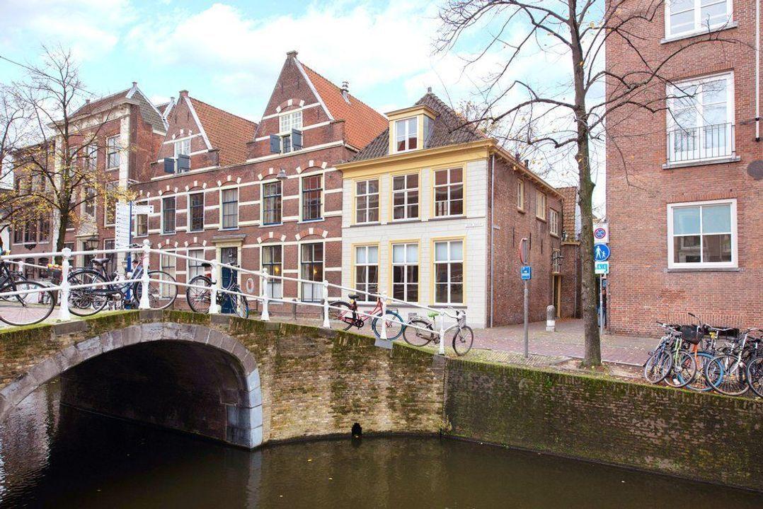 Barbarasteeg, Delft