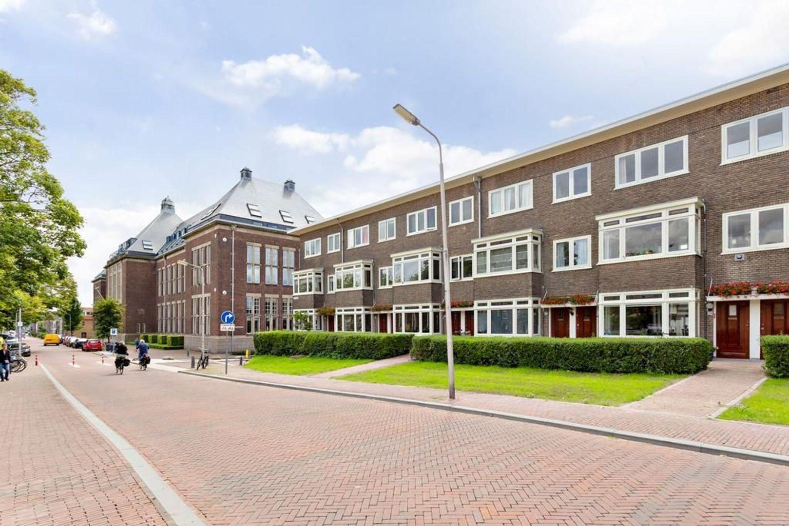 Oostplantsoen 135, Delft foto-0