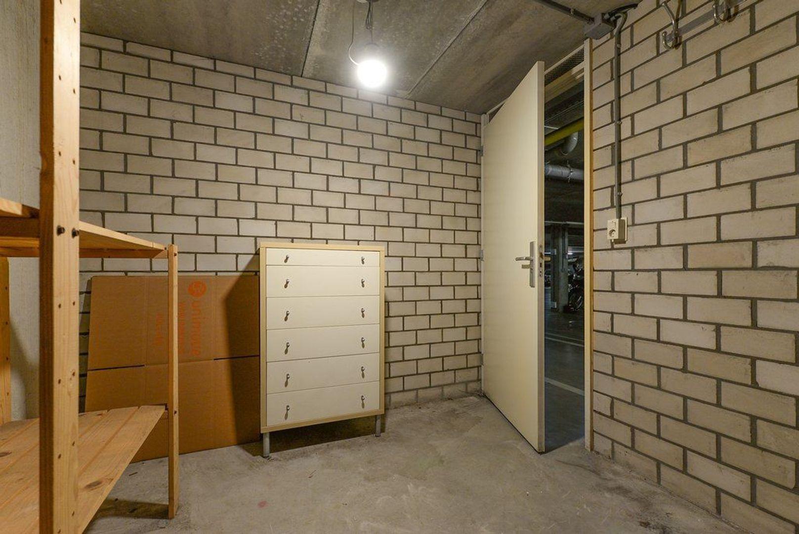 Raam 77, Delft foto-50